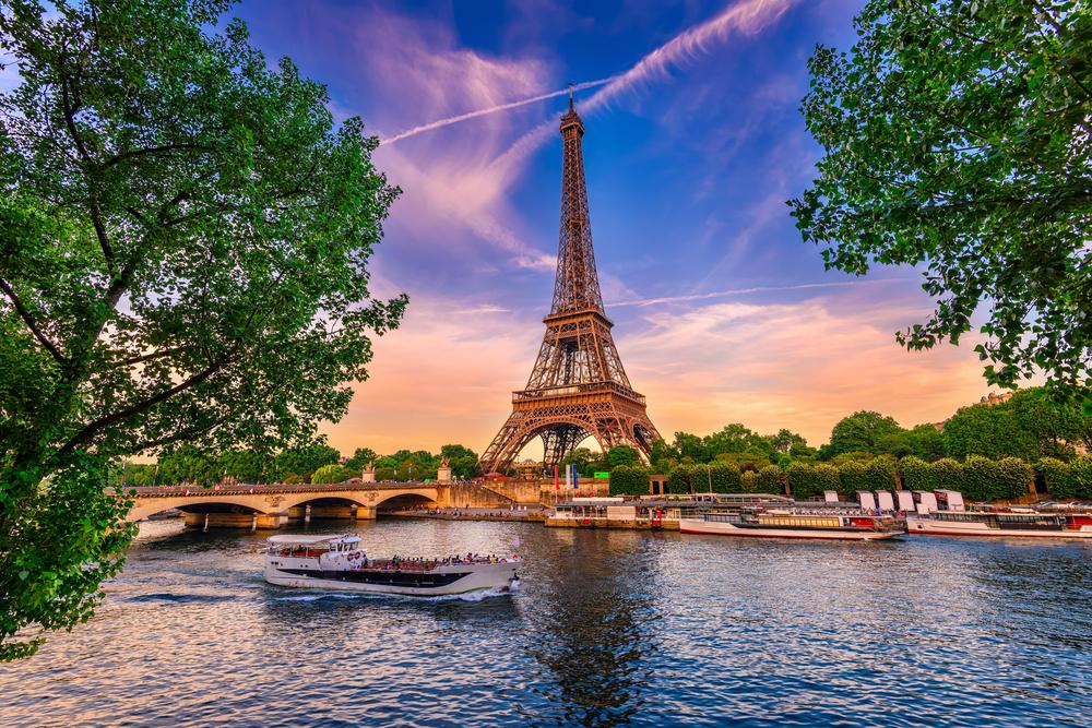 Dünyanın En Romantik Şehri Paris'te Görülmesi Gereken İlk 7 Yer