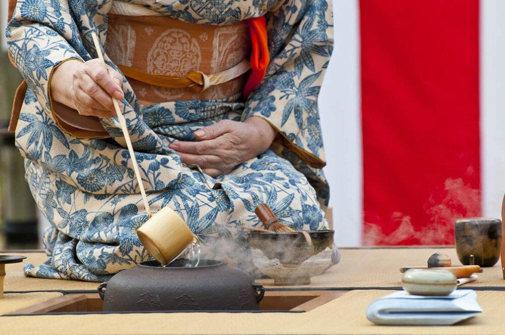 Japon Çay Seremonisi Geleneği: Fincandan Kültüre Bir Hikaye
