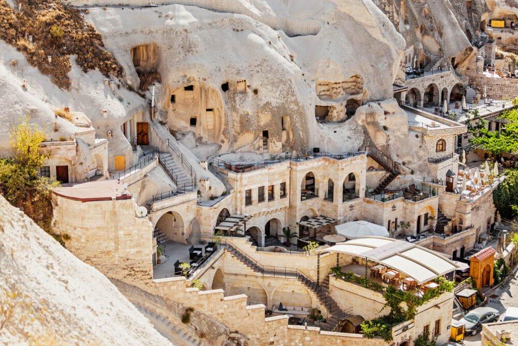 Kapadokya'nın Kendine Has Mağara Otel Konsepti Nedir?